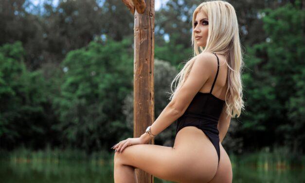 Kiara Harp – Blonde Trouble